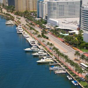 Fontainebleau Resort Dockage